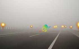 高速公路雾灯.jpg